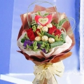6 Red Roses & Rocher with Heart-Shape Tag Handbouquet.