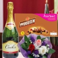 Sparkling Wine with VanHouten Assortment Chocolate 180g and 3 Gerbera Handbouquet