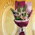 8 Pink lilies Handbouquet Long Wrapping